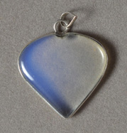 Heart shaped opal pendant.