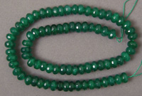Faceted emerald rondelle beads